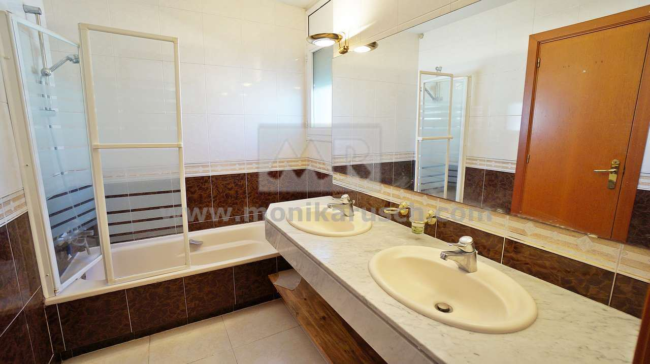 Piso Exclusivo En Alquiler En La Zona Eixample De Sant Cugat Del  # Muebles Sant Cugat Del Valles